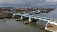 Oferty w przetargu na opracowanie projektu przebudowy Mostu Siennickiego